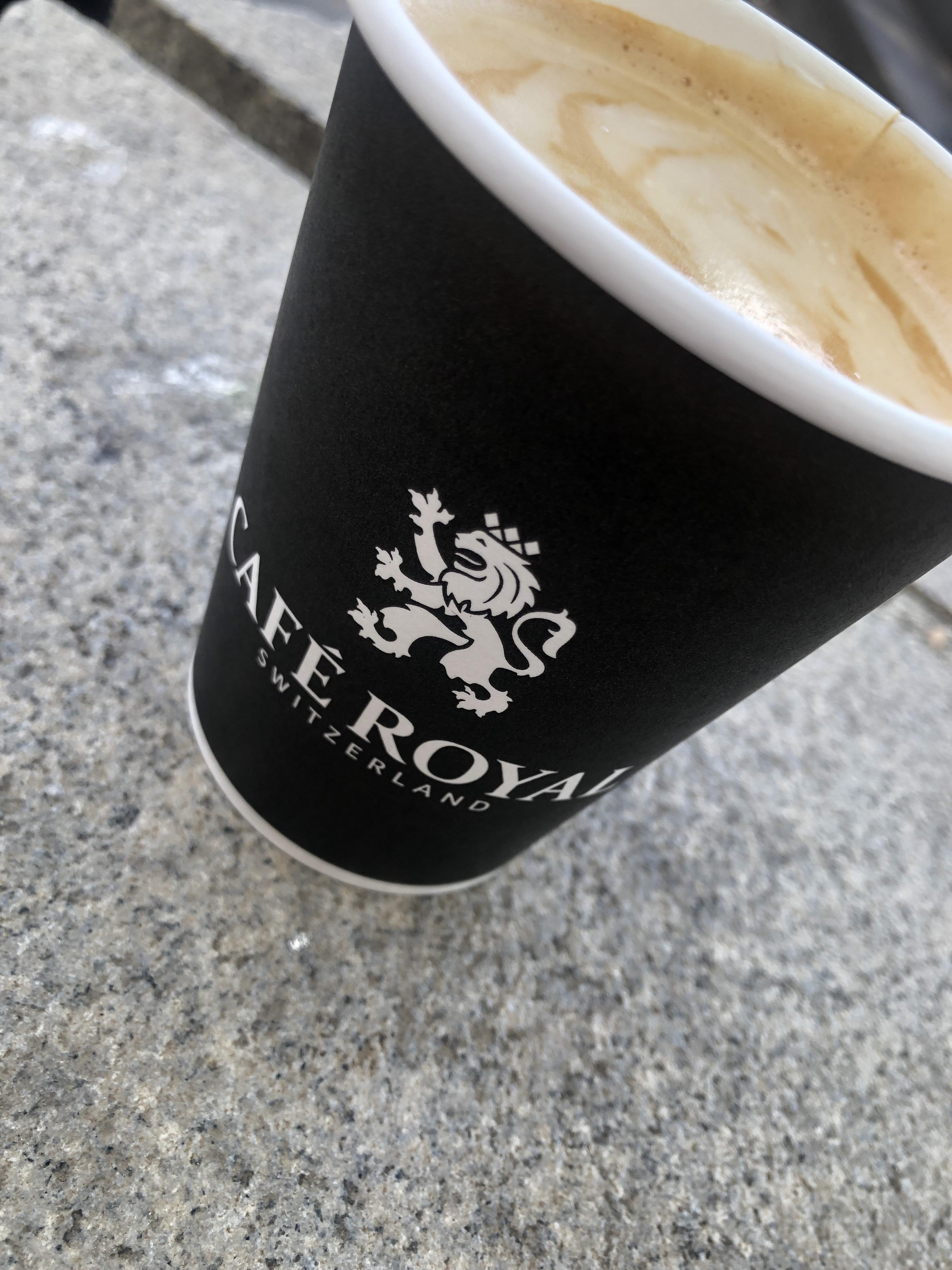 Gratis Kaffee (LOKAL Düsseldorf)