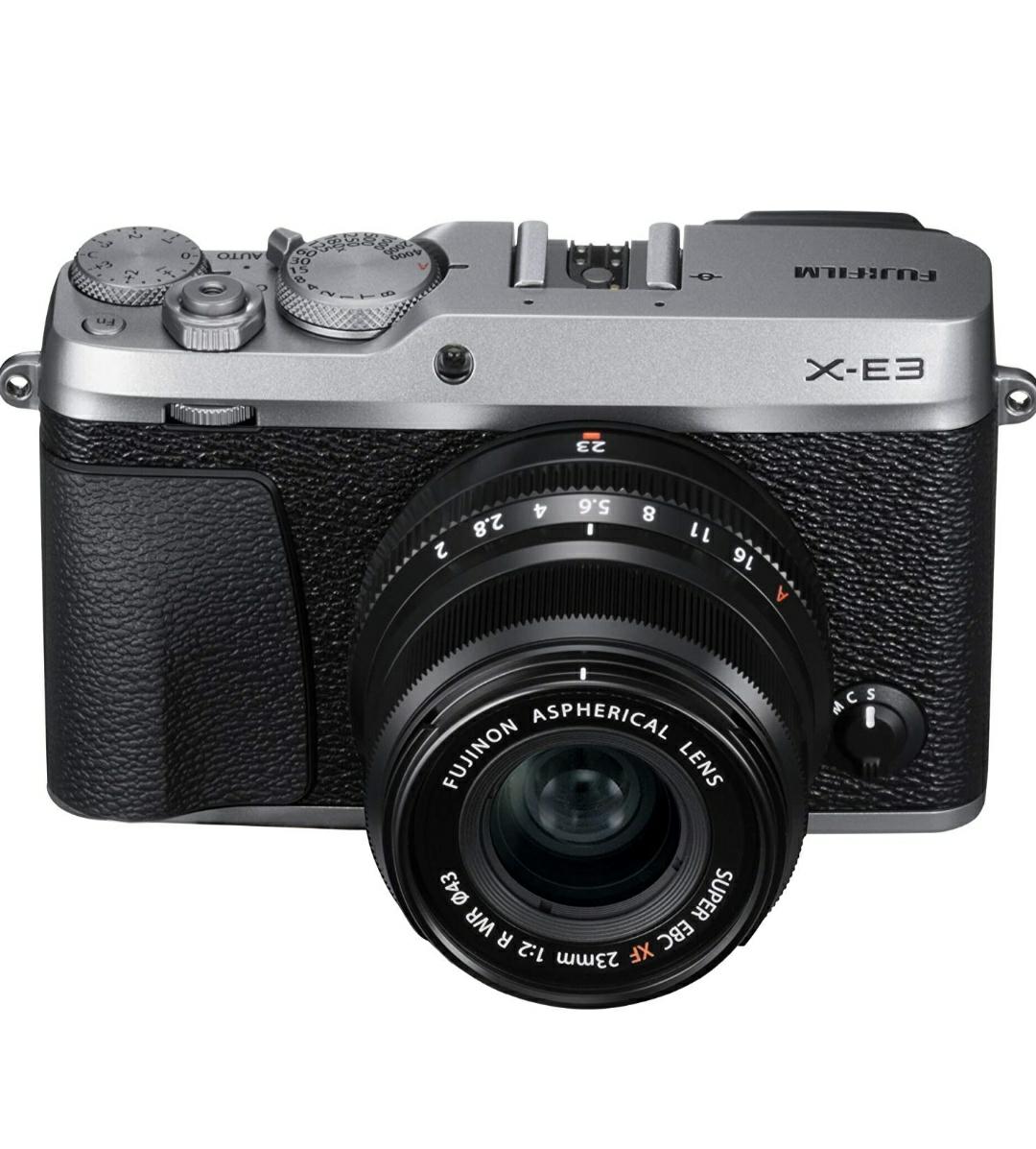 Fujifilm X-E3 Systemkamera silber mit Objektiv XF 23mm 2.0 R WR