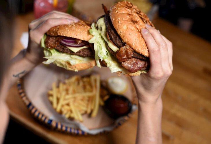 [SAUSALITOS] Cheeseburger All you can Eat für 13,95€