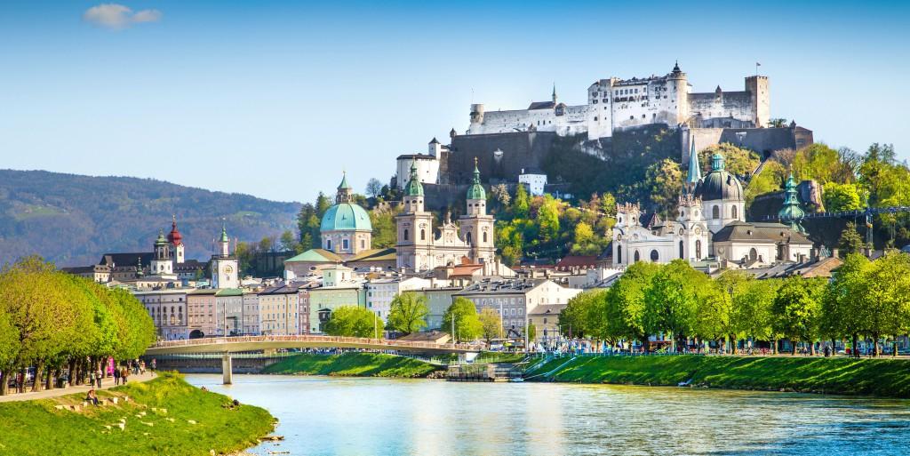 Hin- und Rückflug von Berlin nach Salzburg für 33€ im September mit EasyJet