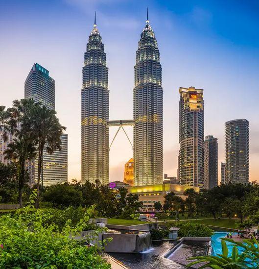 Flüge: Malaysia [Sept. - März] Hin und Zurück von Frankfurt, Berlin und Amsterdam nach Kuala Lumpur ab nur 353€ inkl. Gepäck