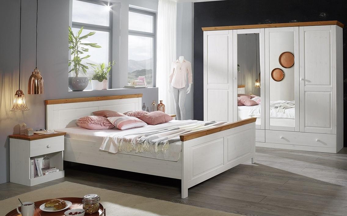 Komplettes Schlafzimmer 4tlg. in Massivholz Kiefer von Main-Möbel für 599 Euro !!! Bett 180cm, 2 Nachttische und Kleiderschrank!!!!
