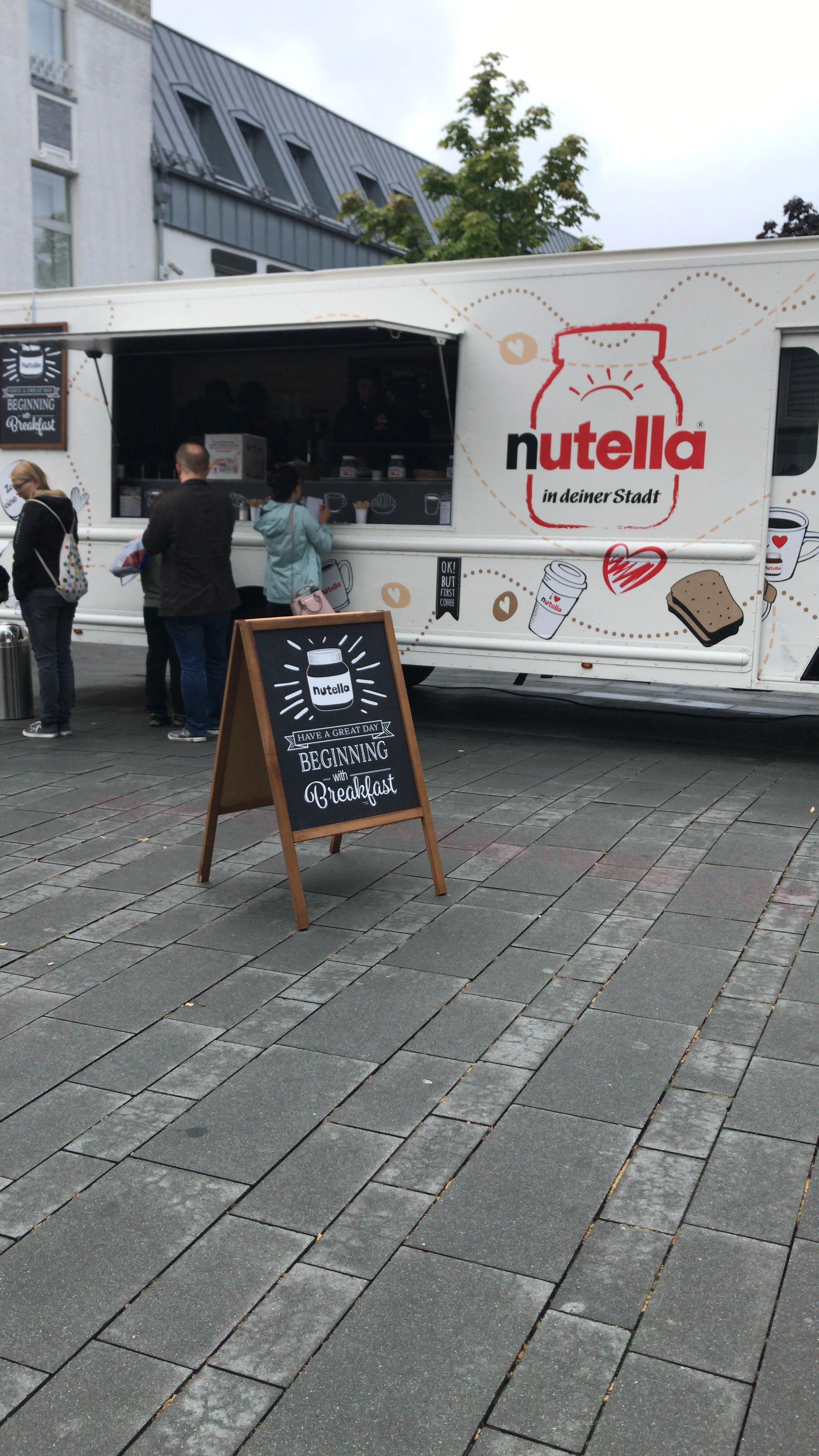 (Lokal) Bergisch Gladbach kostenlos Nutella Brote und Kaffee-Spezialitäten - Nutella Truck