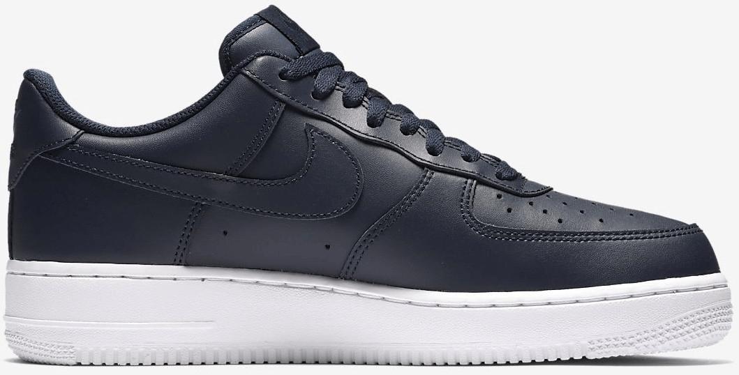 [SportScheck] 20% Rabatt on top auf den Sale im Bereich Textilien und Schuhe mit Beispiele