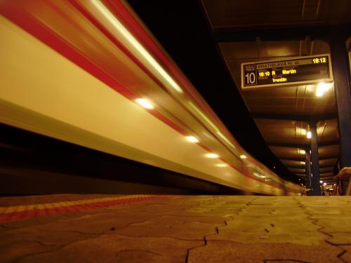 Mit der DB nach Polen, Tschechien oder in die Slowakei (Danzig, Posen, Warschau, Bratislava, Prag) ab dt. Fernverkehrsbahnhof