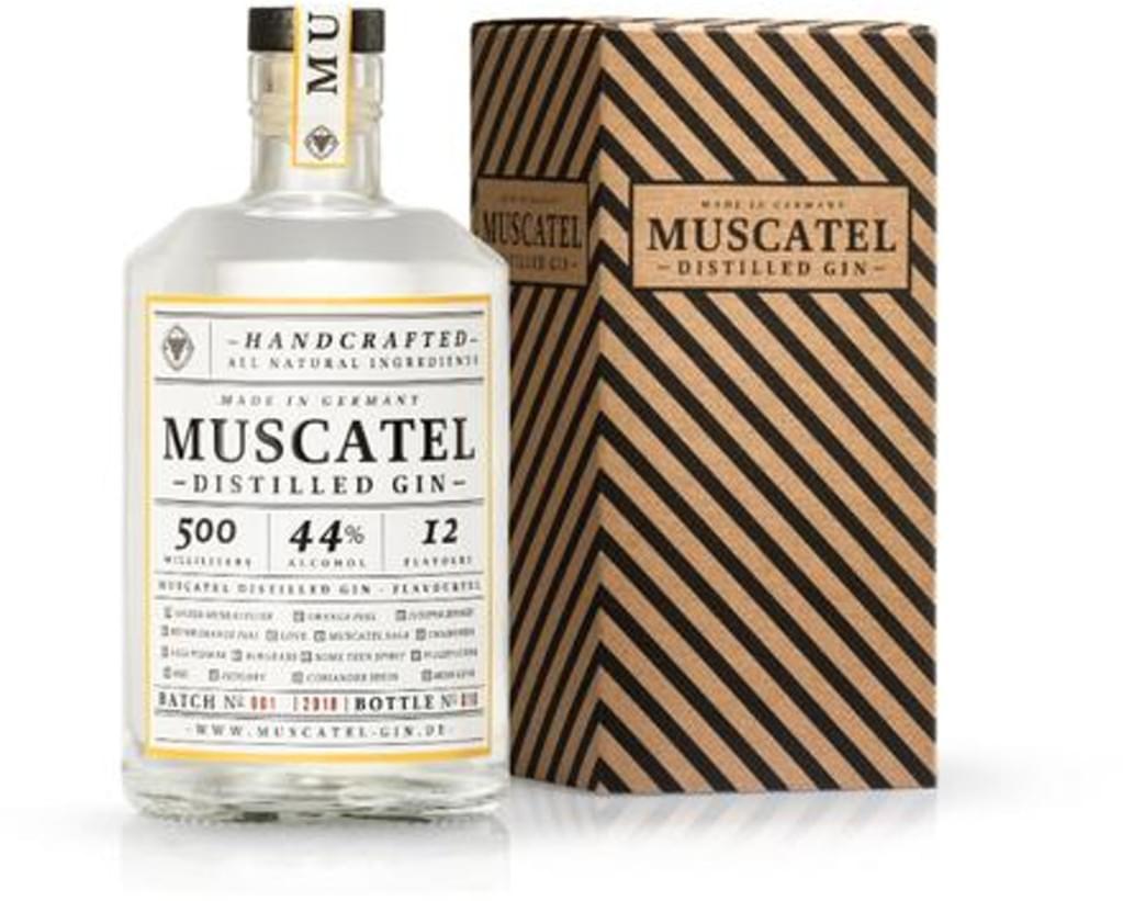 Muscatel Distilled Gin 0,5l 44% bei [Real.de]