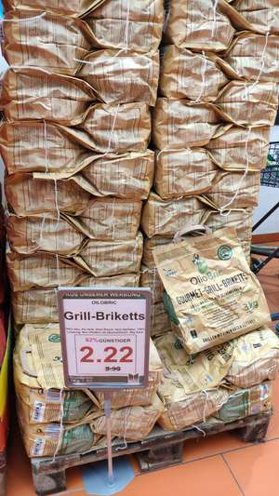 OlioBric Briketts Grillkohle Bio im Markttkauf (Lokal?)