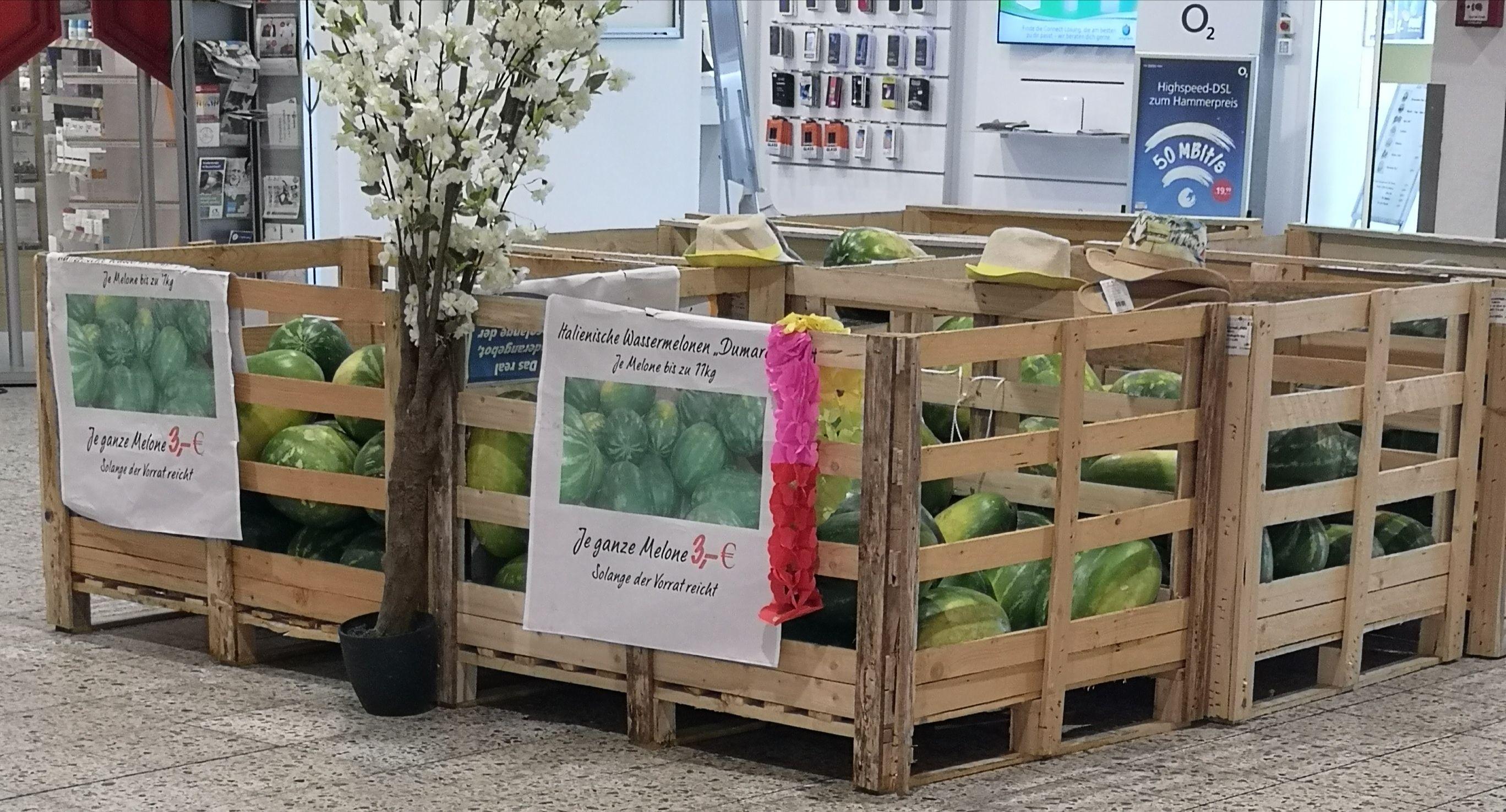 (Lokal) Wassermelone bis zu 11 Kilo 3 Euro (Real Ratingen)