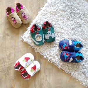Krabbelschuhe usw. Babyausstattung *Handmade*