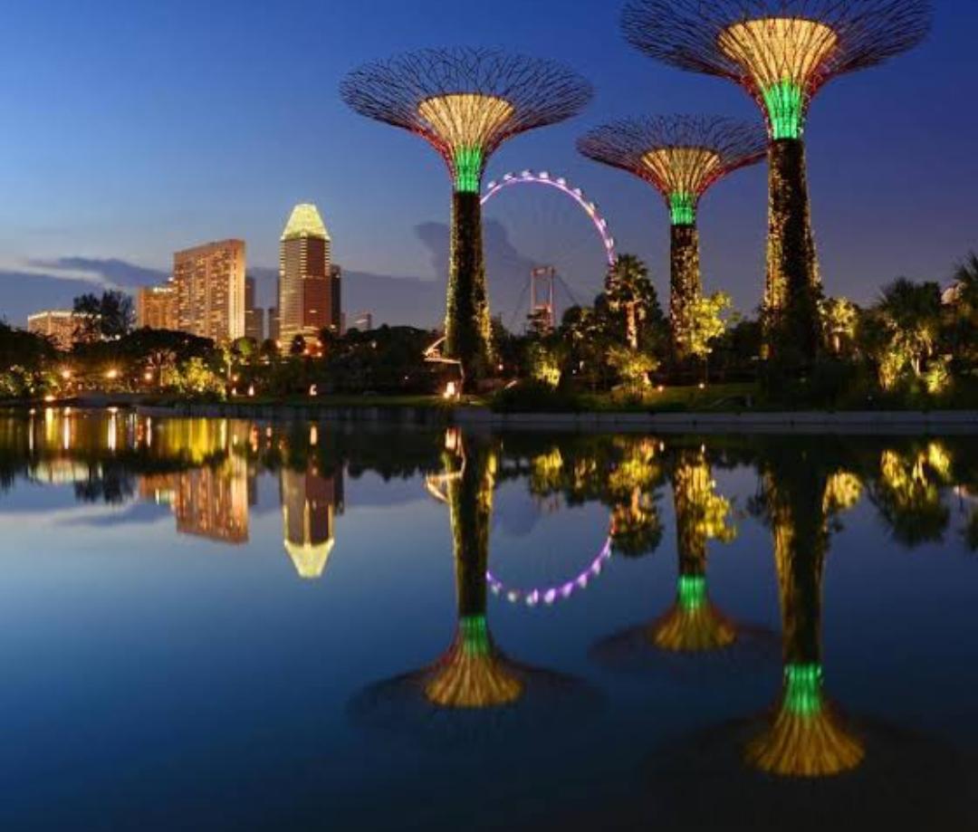 Flüge: Singapur ( Nov-Dez ) Nonstop Hin- und Rückflug mit Singapore Airlines von Amsterdam ab 409€ inkl. Gepäck
