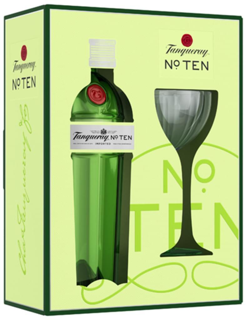 Tanqueray No. TEN Dry Gin 0,7l 47,3% + Coupette-Glas im Geschenkkarton bei [Real.de] mit Marktanlieferung / ab 29€ Mbw