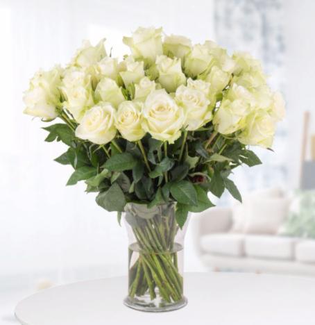 40 weiße Rosen (40cm Stiellänge) inklusive Versand [Blumenshop]