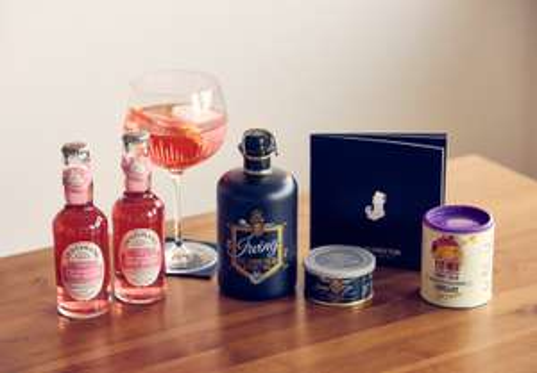 (Liquid Director Gin Box) Irving Gin 0,5l + 2x 0,2l Rhabarber Tonic Water + Gin Perlen + Ice Cream + Booklet
