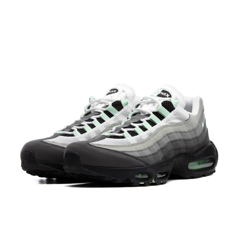 [Breuninger.com] Nike Air Max 95 in Schwarz von 42 bis 45