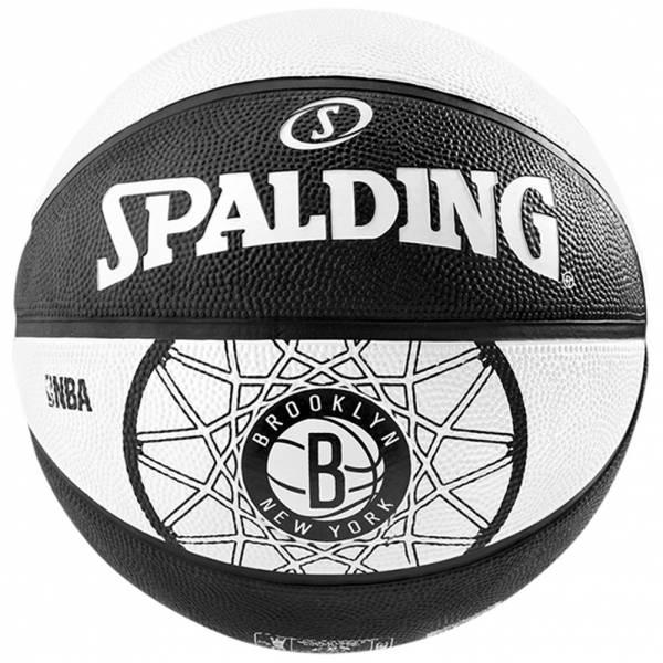 Brooklyn Nets Spalding NBA Team Basketball für 5,55€ + 3,95€ VSK (Größe 7) [SPORTSPAR]