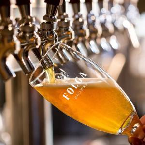 Trink dich warm: Täglich Freibier + Halbpension mit 4 Nächten im Hotel Brauerei Folga (Polen) für 2 Personen ab 103,50€ p.P.