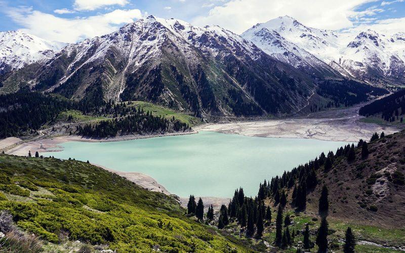 Flüge: Kasachstan [Sept. - Juli] Hin und Zurück mit Lufthansa von Straßburg nach Almaty ab nur 295€ inkl. Gepäck