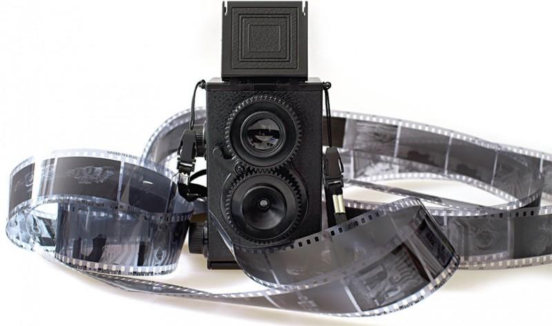 Retro-Kamera zum Selberbauen (der Rolleiflex nachempfunden)