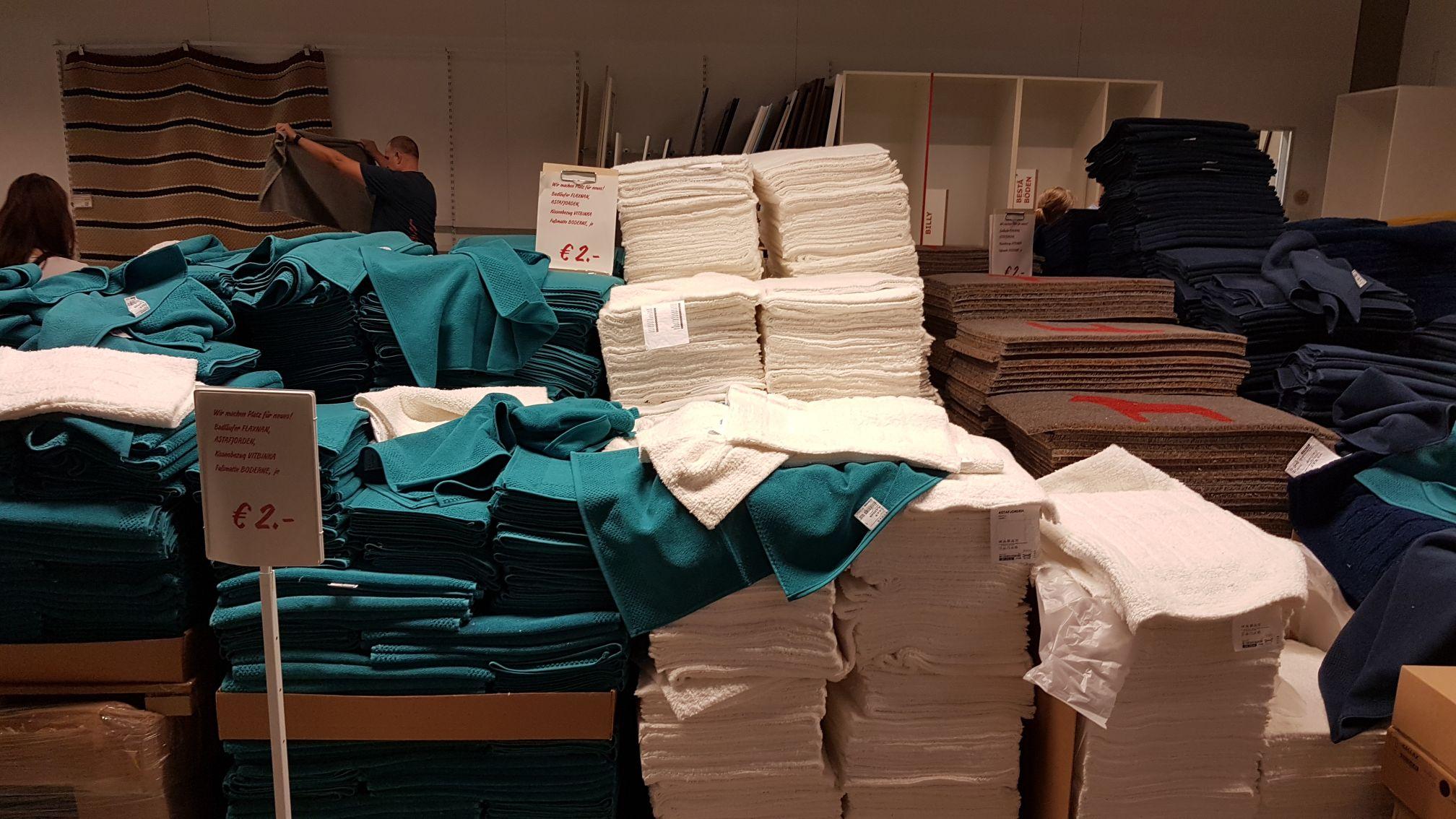 IKEA Koblenz, Handtücher/Fusmatten... alles muss raus