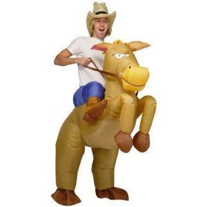 Aufblasbares Kostüm Pferd und Cowboy für 26,99€ (Prime) oder 28,48€ @ Amazon.de
