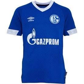 Schalke Umbro Sale @ MandMDirect (z.B. Jungentrikot ab 12,95€, Herren Auswärtstrikot 19,95€ oder Schirmmütze für 7,95€) + ggf. 5,49 VSK