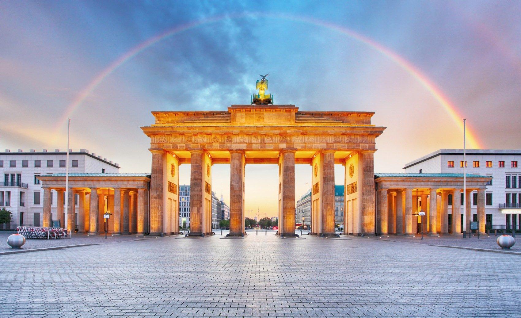 Eurowings: Hin- und Rückflug von Stuttgart nach Berlin ab 13,46€ mit Giropay (Januar 2020)