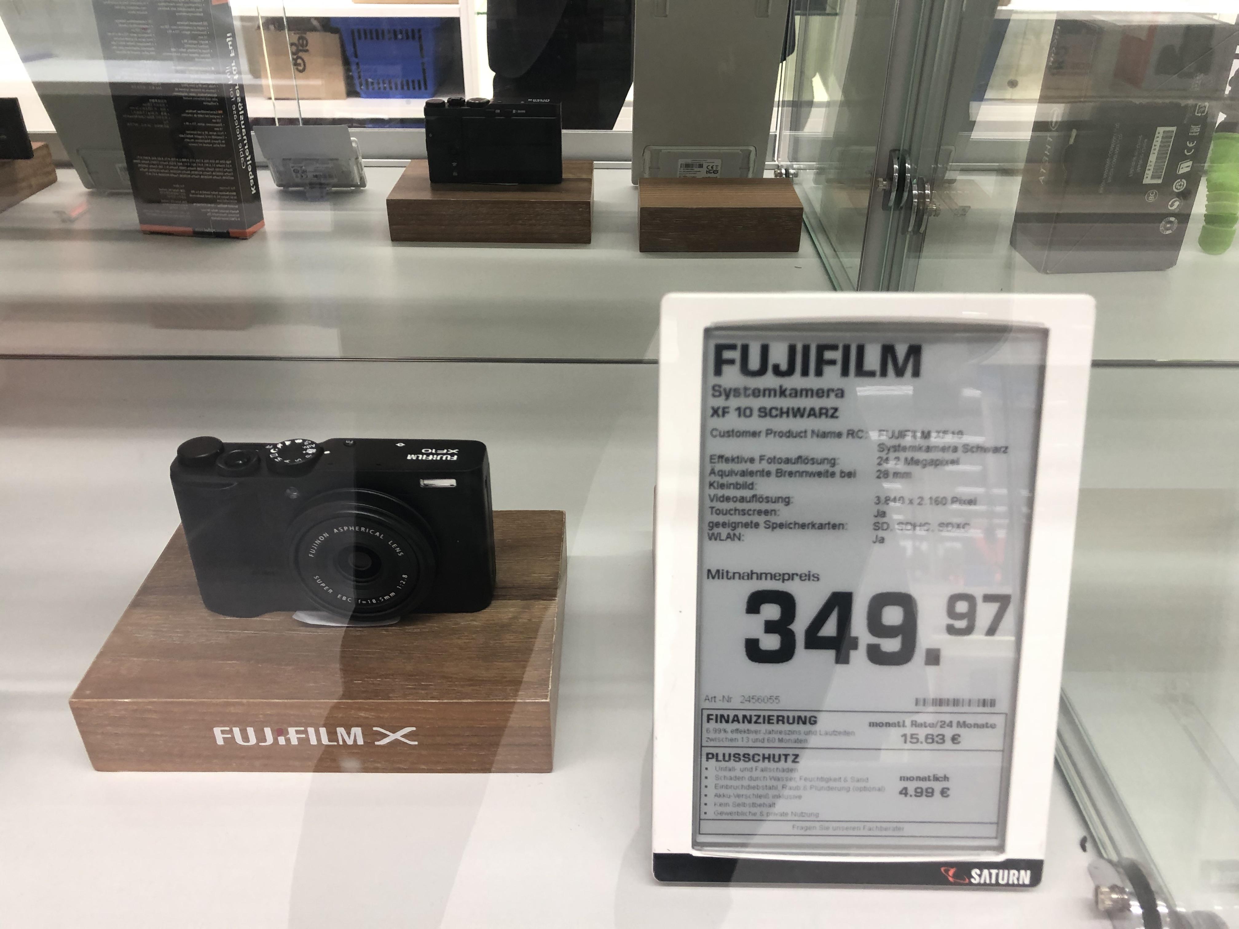 [Lokal Saturn Leipzig HBF] Fujifilm XF10 Kompaktkamera