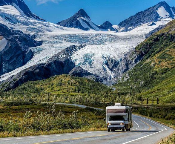 Flüge: Alaska [Mai - Juni] Hin und Zurück von Basel, Hamburg, Berlin, Düsseldorf (...) nach Anchorage & Fairbanks ab 410€ teilw inkl. Gepäck