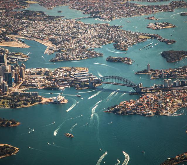 Flüge: Sydney / Australien ( Ferbuar-April ) Hin- und Rückflug mit Qatar Airways inkl. Zug zum Flug und Gepäck ab 726€