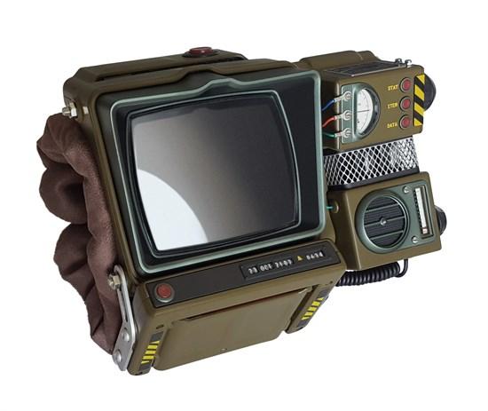 Fallout 76 - Replika Pip Boy 2000 für 59,96€ (GameStop)