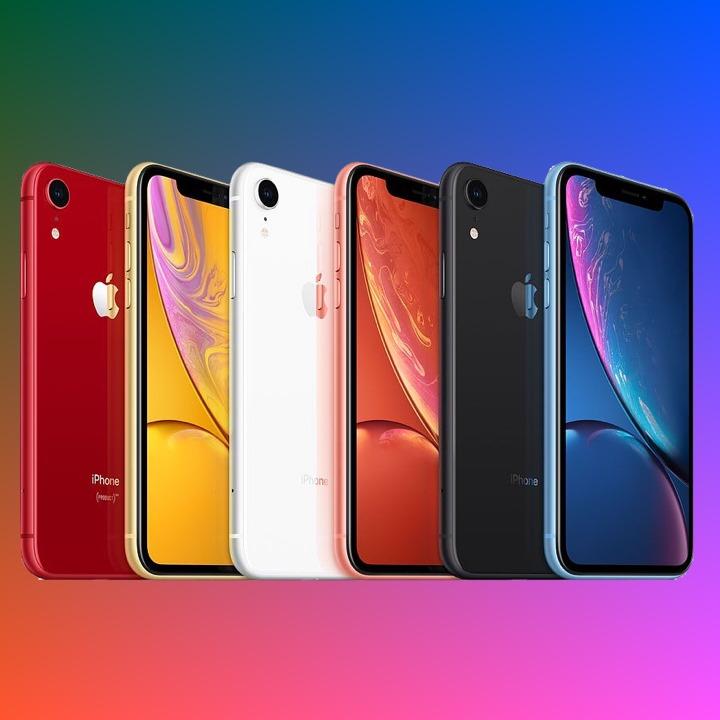Apple iPhone XR (128GB) für 4,95€ Zuzahlung im Vodafone Smart L+ (10GB / 15GB LTE) für mtl. 36,99€ [mit GigaKombi +5GB LTE]