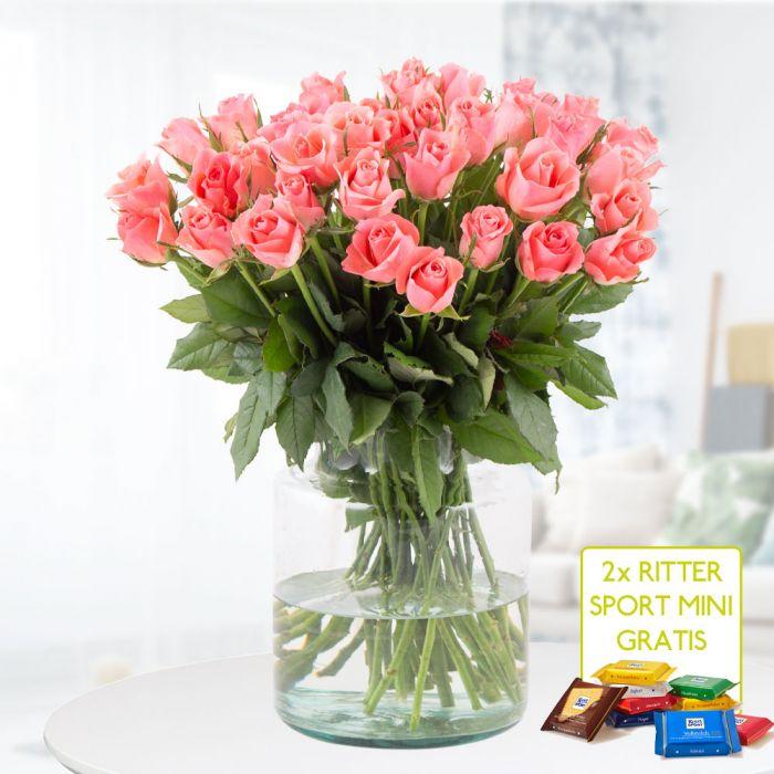 40 Rosen in zartem Pink (40cm Stiellänge)+ 2 Rittersport Mini-Schokis + Grußkarte