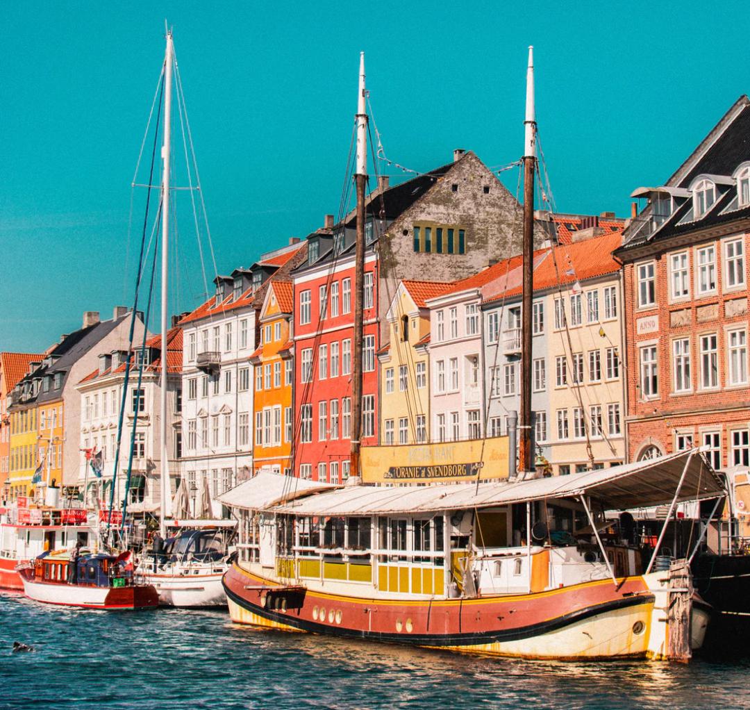 Flüge: Kopenhagen / Dänemark ( Nov ) Hin- und Rückflug von Köln, Stuttgart, Düsseldorf und Nürnberg ab 9€