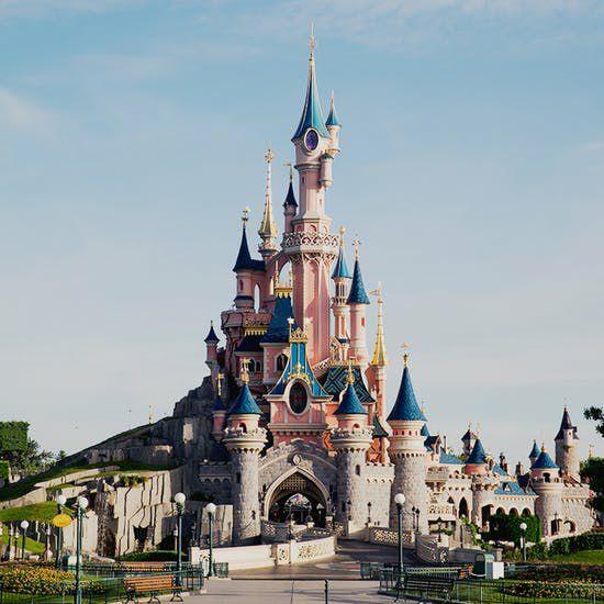 Bis zu 25% Rabatt: z.B. 2 Personen / 2 Tage / 2 Parks Disneyland / 1 Nacht SEQUOIA LODGE Hotel 3*** für 394€ + 200€ Taschengeld (08-09/März)