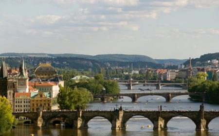 3 Tage im 4* Jurys Inn Prague Hotel in Prag inkl. Frühstück für 2 Personen für nur 88€