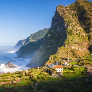 Flüge: Madeira [Nov - Juni / Sept - Okt] Hin und Zurück mit TAP Portugal von Hamburg, Luxemburg und Amsterdam ab nur 63€ / Stopover möglich