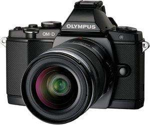 Olympus E-M5 OM-D inkl. 12-50mm Objektiv @Amazon.fr