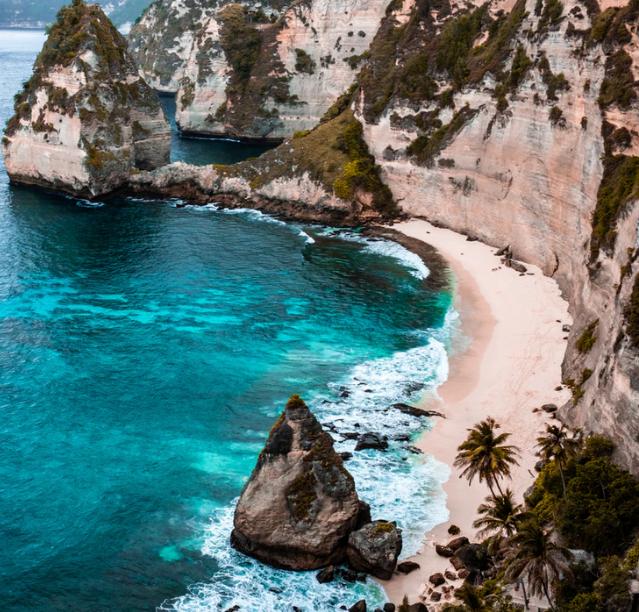 Flüge: Bali / Indonesien (März / Mai-Juni ) Hin- und Rückflug mit Cathay Pacific von Zürich ab 376€ inkl. Gepäck