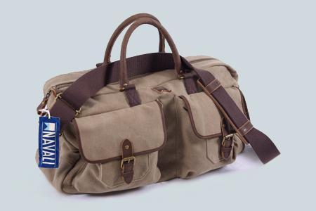 Weekender/Messenger Tasche von Navali aus Leder und robuster Baumwolle