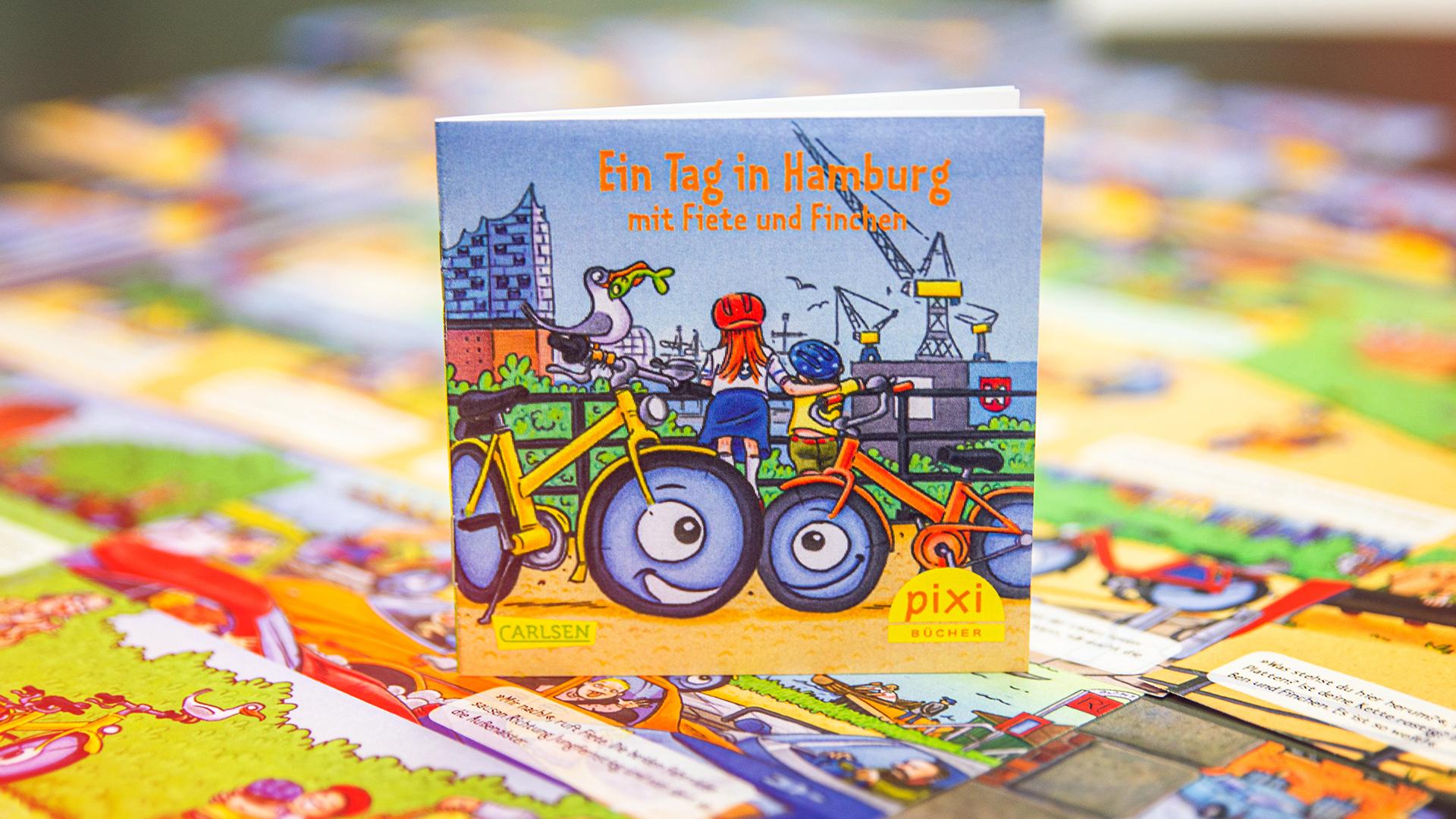 """Gratis Hamburgs Fahrrad-PIXI-Buch """"Ein Tag in Hamburg mit Fiete und Finchen"""""""