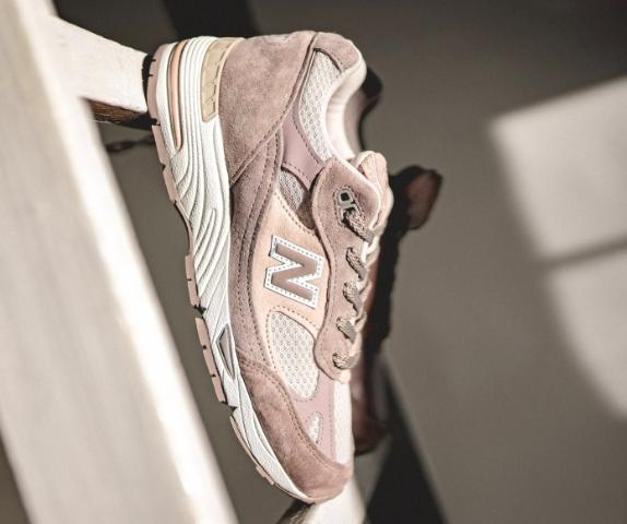 15% Rabatt on top auf ausgewähtle Sneakers für Sie & Ihn, z.B. New Balance 'W991B'