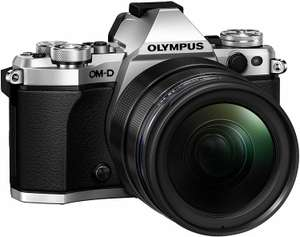 Olympus OM-D E-M5 Mark II silber mit Objektiv M.Zuiko digital ED 12-40mm (Amazon.it)