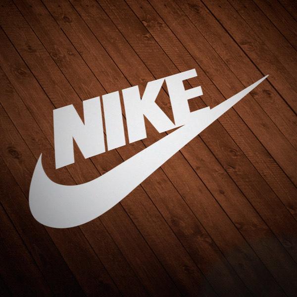 Nike Gutscheincode 22 % auf Vollpreisartikel mit zusätzlichem 4 % Cashback über Shoop