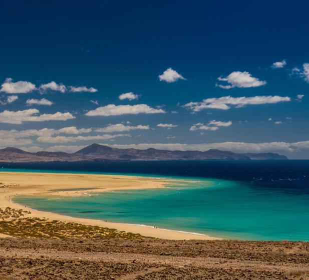 Flüge: Fuerteventura ( Jan-Feb ) Hin- und Rückflug von Stuttgart und Düsseldorf nach Puerto del Rosario ab 18€