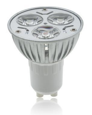 Günstige LED-Leuchtmittel mit 9 Watt (=40 Watt Glühbirne) für den schmalen Taler @ Ebay