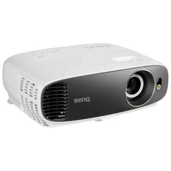 BenQ W1720 für 895,94€ - DLP-Projektor 4K + 20670 Rakuten Super Points (206,7 Euro!)