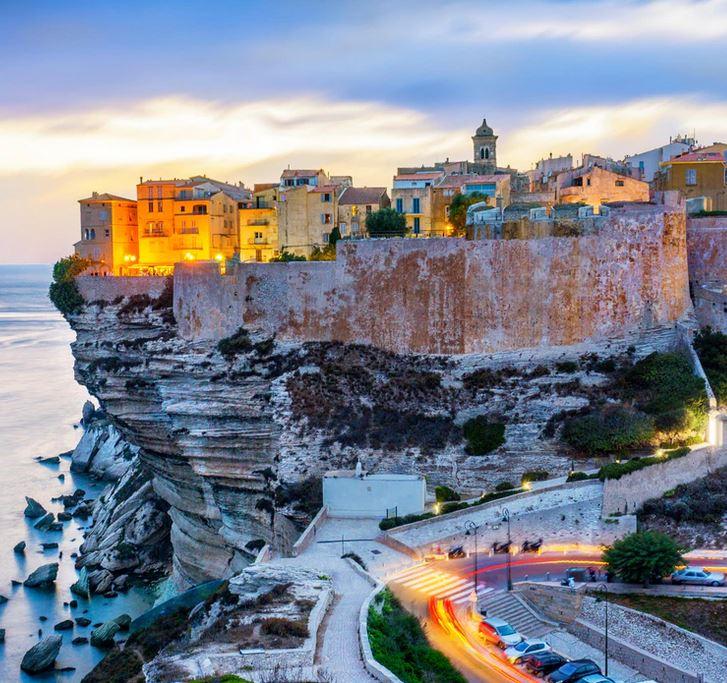 Flüge: Korsika [April - Mai] Hin und Zurück mit easyJet von Basel nach Bastia oder Ajaccio ab nur 37€