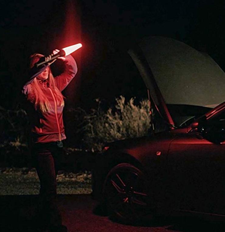 Maglite LED Taschenlampe ML50L + KFZ Safety Pack, Leuchtweite 299m, 490 Lumen