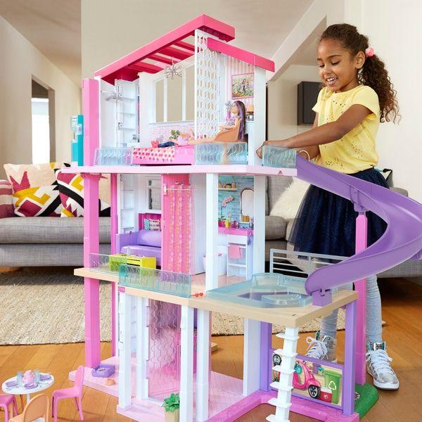 Barbie Traumvilla bei Smyth's Toys