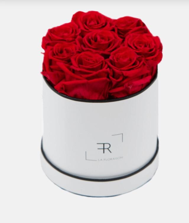 Infinity Rosenbox mit 8 langhaltenden Rosen